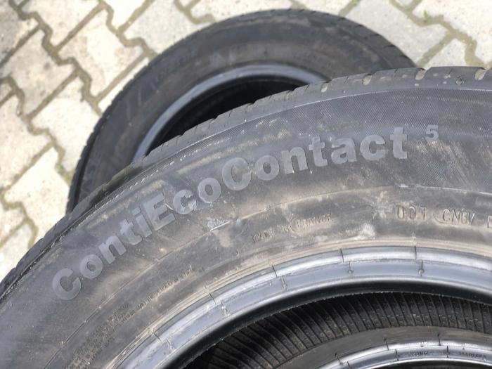 set 2 anvelope 215/65 R16 sh vara Continental 5mm cu garantie [4]