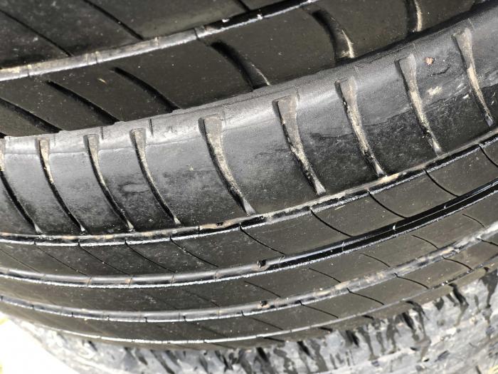 set 2 anvelope 215/55 R16 sh vara Michelin 5mm cu garantie [2]