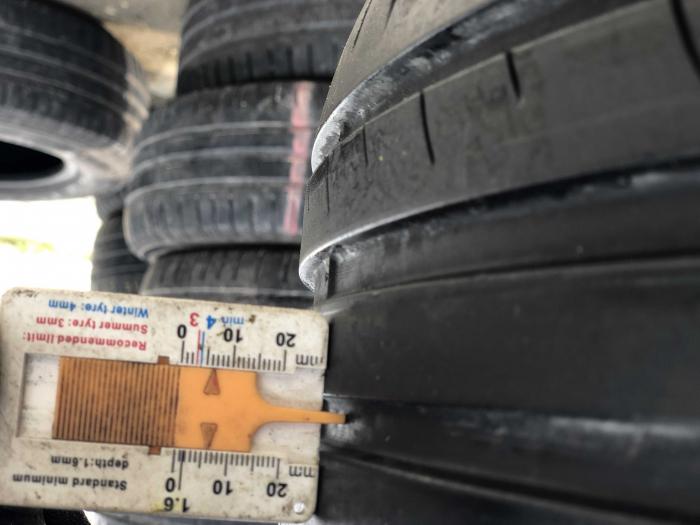 set 2 anvelope 215/55 R16 sh vara Dunlop 5.5mm cu garantie [5]