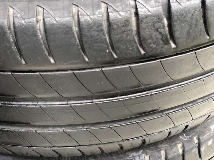 set 4 anvelope 205/60 R16 sh vara Michelin 4mm cu garantie [2]