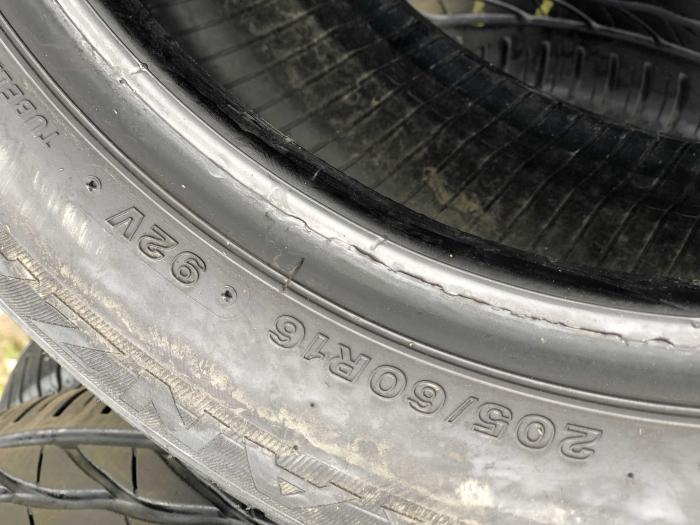 set 4 anvelope 205/60 R16 92V sh vara Bridgestone 6.5mm cu garantie [3]