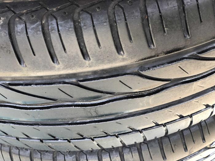 set 4 anvelope 195/55 R16 87V sh vara Bridgestone 4mm cu garantie [2]