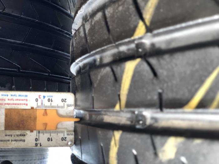 set 2 anvelope 235/55 R17 103V sh vara Nexen 5mm cu garantie [7]