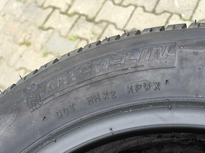 set 2 anvelope 165/65 R15 81T sh vara Michelin 7mm cu garantie [3]