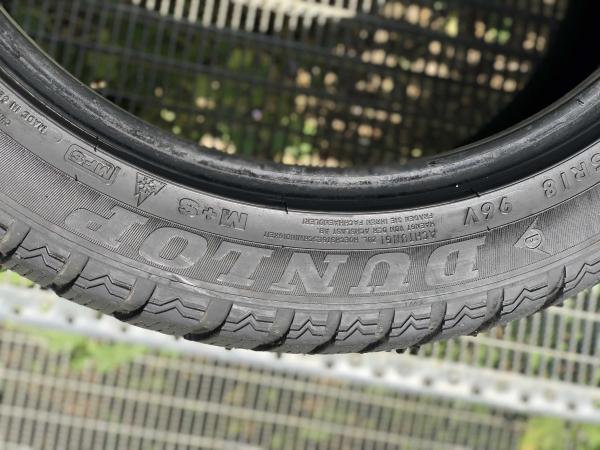 set 2 anvelope 245/45 R18 RunFlat sh iarna Dunlop 6.5mm cu garantie [2]
