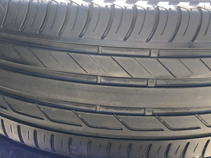 set 2 anvelope 215/50 R18 sh vara Bridgestone 5mm cu garantie [1]