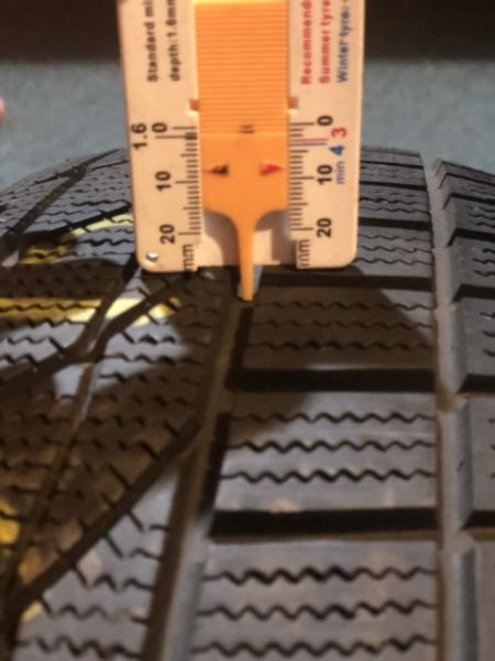 set 2 anvelope 185/65 R15 sh iarna Goodride 8mm cu garantie 5