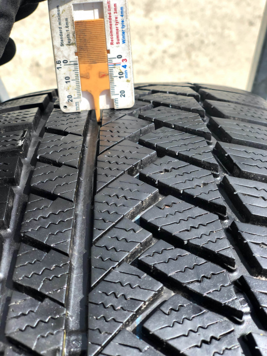 set 2 anvelope 225/55 R16 H XL sh iarna Continental 7mm cu garantie [5]