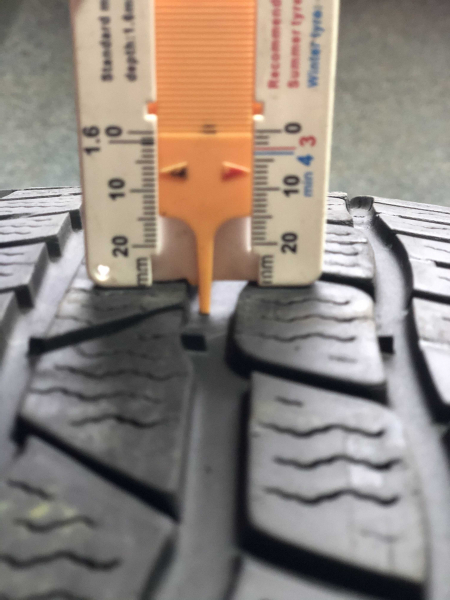 set 2 anvelope 205/45 R17 sh iarna Continental 7mm cu garantie 5