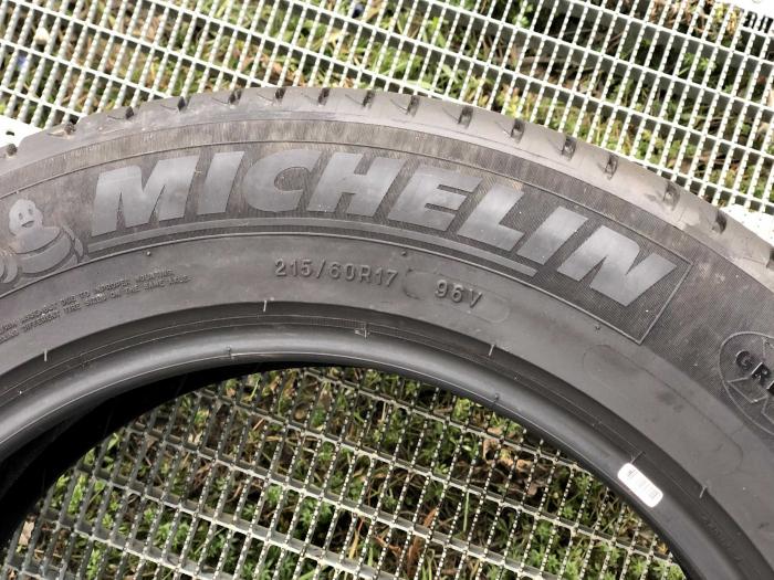 set 2 anvelope 215/60 R17 sh vara Michelin 6mm cu garantie 3