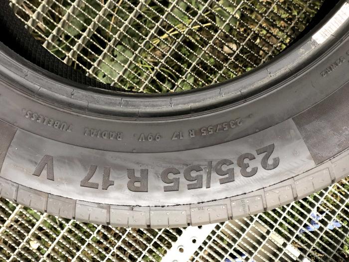 set 2 anvelope 235/55 R17 sh vara Continental 7mm cu garantie [5]