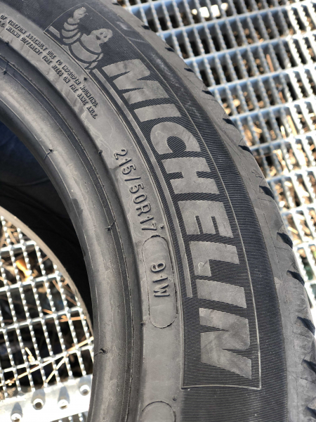 set 2 anvelope 215/50 R17 sh vara Michelin 5mm cu garantie 2