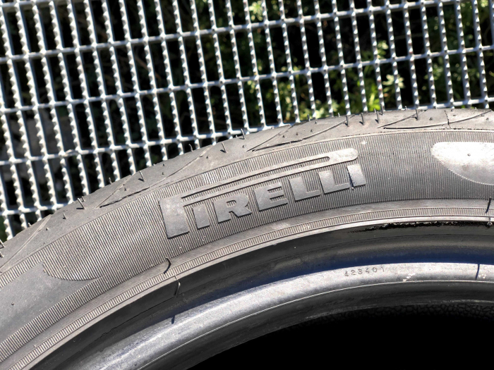 set 2 anvelope 215/45 R17 sh vara Pirelli 6.5mm cu garantie 3