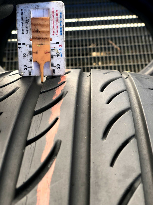 set 2 anvelope 215/45 R17 sh vara Pirelli 6.5mm cu garantie 6