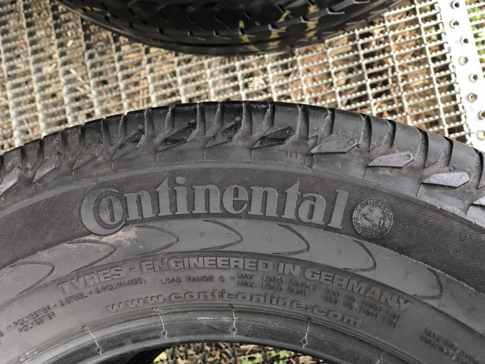 set 2 anvelope 215/65 R15C  sh vara Continental 7mm cu garantie [5]