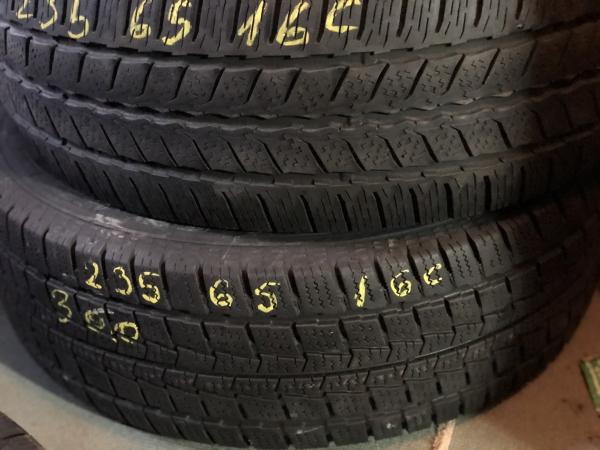 set 2 anvelope 235/65 R16c sh iarna Continental 7mm cu garantie 0