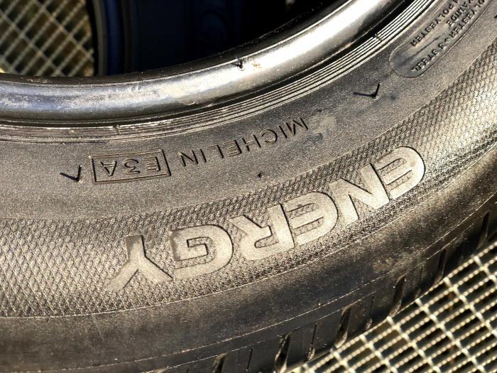 set 2 anvelope 185/65 R14 sh vara Michelin  6mm cu garantie 6