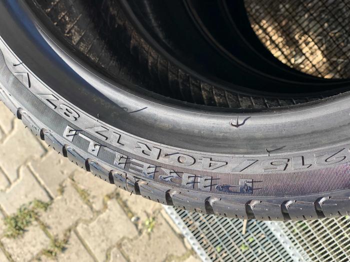 set 4 anvelope 215/40 R17 87V sh vara Pirelli 5mm cu garantie [4]