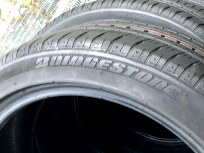 Set 4 anvelope 215/45 R17 sh vara Bridgestone 6.5mm cu garantie 4