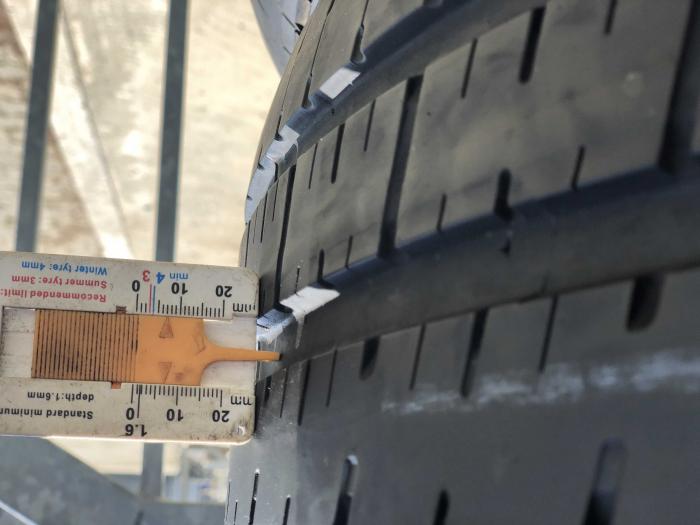 set 4 anvelope 275/40 R19 sh runflat vara Pirelli 6mm cu garantie [6]