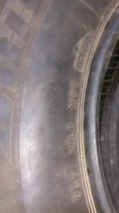 set 2 anvelope 235/65 R17 sh vara Bridgestone 5mm cu garantie3