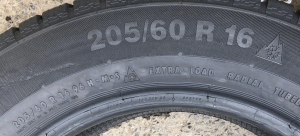 set 4 anvelope 205/60 R16 sh iarna Continental 6mm cu garantie1