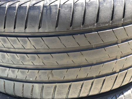 set 2 anvelope 235/40 R18  sh vara Bridgestone 5mm cu garantie [1]