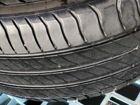 set 2 anvelope 235/55 R17 sh vara Michelin 5mm cu garantie [3]