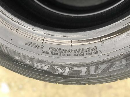 set 2 anvelope 215/60 R16 95V sh vara Falken 5mm cu garantie [3]