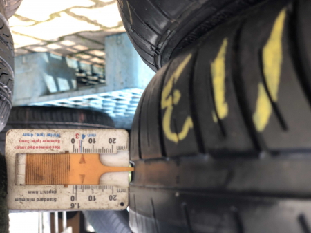 set 2 anvelope 165/70 R14 81T sh vara Goodyear 4.5mm cu garantie [5]