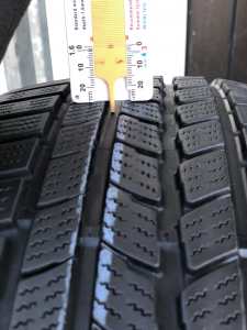 set 2 anvelope 205/50 R17 sh iarna Roadstone 7mm cu garantie [5]