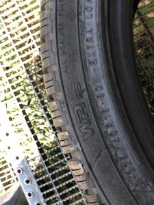 set 2 anvelope 225/40 R18 XL sh iarna Nokian 7.5mm cu garantie4