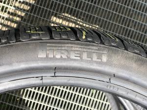 set 2 anvelope 235/35 R19 sh iarna Pirelli 7.5mm cu garantie2