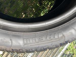 set 2 anvelope 275/40 R19 Runflat sh iarna Pirelli 7mm cu garantie2