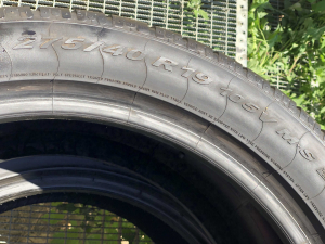 set 2 anvelope 275/40 R19 Runflat sh iarna Pirelli 7mm cu garantie3
