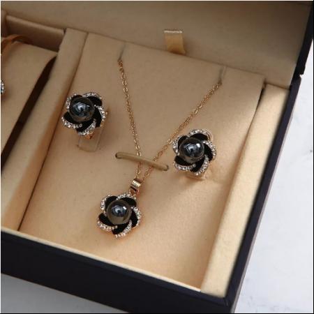 Set 5 buc pentru femei ceas, doi cercei, colier, bratara, culoare negru [2]