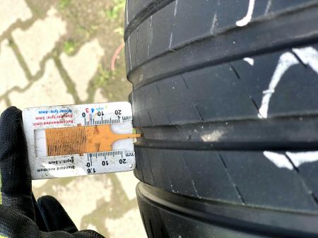 set 2 anvelope 225/40 R19 sh vara Bridgestone 5.5mm cu garantie [6]