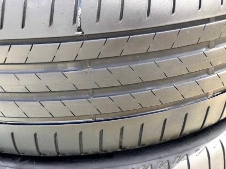set 2 anvelope 225/40 R19 sh vara Bridgestone 5.5mm cu garantie [1]