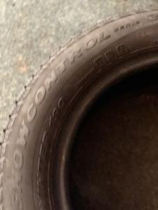 set 2 anvelope 185/65 R15 sh iarna Pirelli 6mm cu garantie3