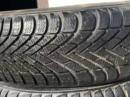 set 2 anvelope 175/65 R14 82T sh Iarna Pirelli 7mm cu garantie [1]
