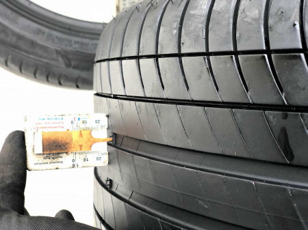 set 4 anvelope 275/40 R19 Runflat sh vara Michelin 5.5mm cu garantie [7]
