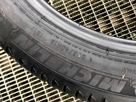 set 4 anvelope 275/40 R19 Runflat sh vara Michelin 5.5mm cu garantie [4]