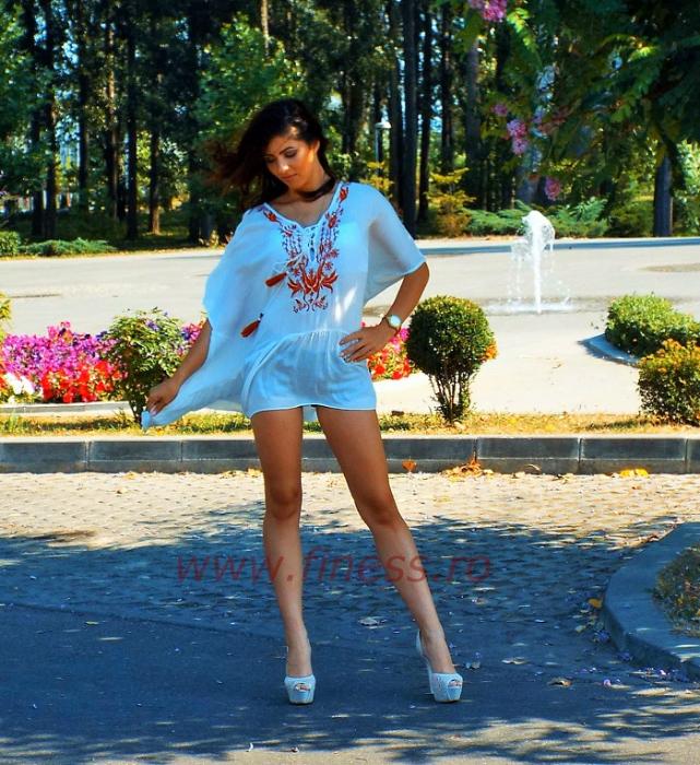 Bluza alba panza cu broderie -  Summer 2 [1]
