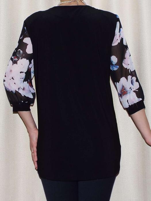 Bluza dama cu imprimeu si brosa detasabila - Sofia Negru 1