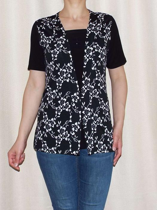 Bluza dama neagra cu imprimeu floral alb - Ivana 0