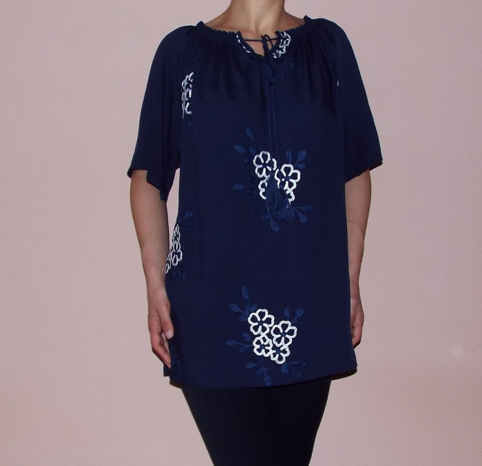 Bluza de dama cu broderie si maneca scurta - Atena 3
