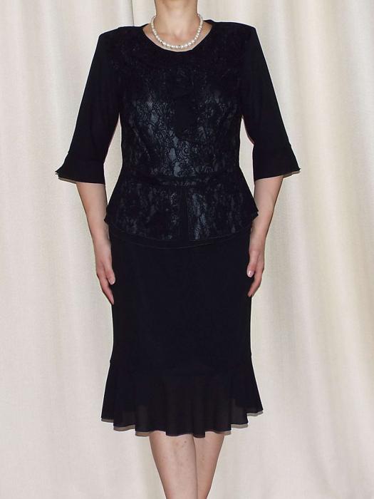 Costum dama elegant din voal si dantela - Elvira Negru [0]