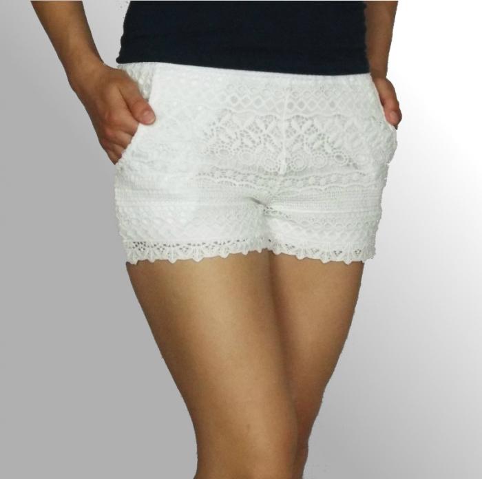 Pantaloni scurti din dantela cu buzunare laterale - Feli 1