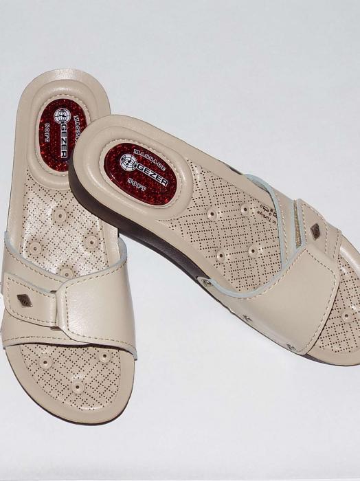 Papuci dama comozi cu gel pe talpa si catarama reglabila- Gezer Crem [1]