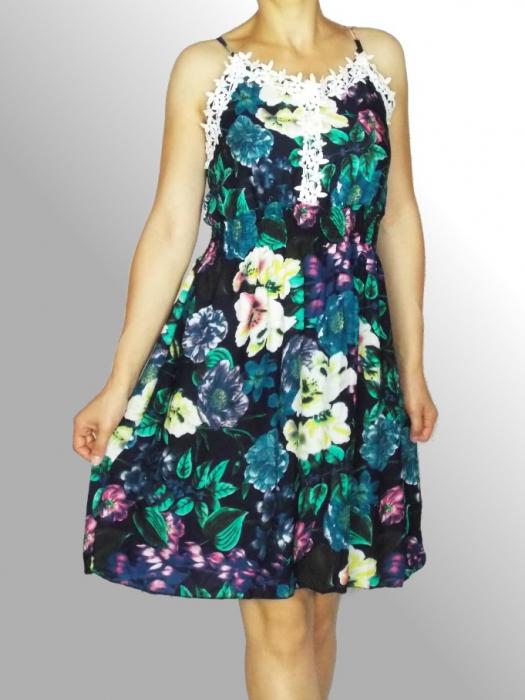 Rochie de vara cu imprimeu floral si dantela la piept - Ingrid Bleumarin 0